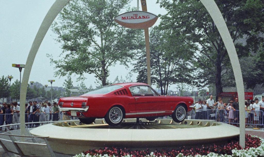 Ford Mustang feirer 50-årsdagen i Empire State Building