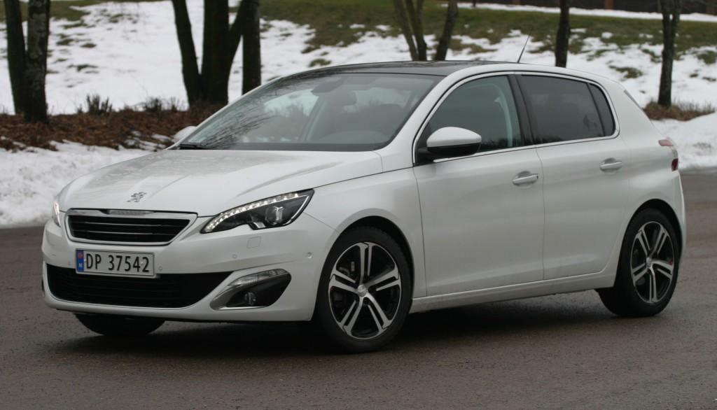 Vi prøvekjører Årets Bil 2014: Peugeot 308