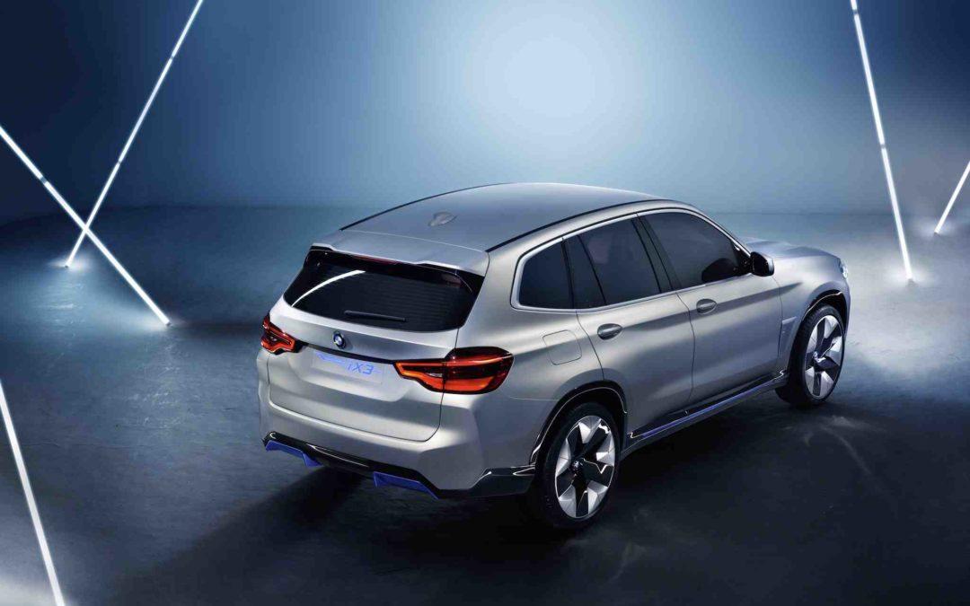 BMW har åpnet for reservasjon av elbilen iX3