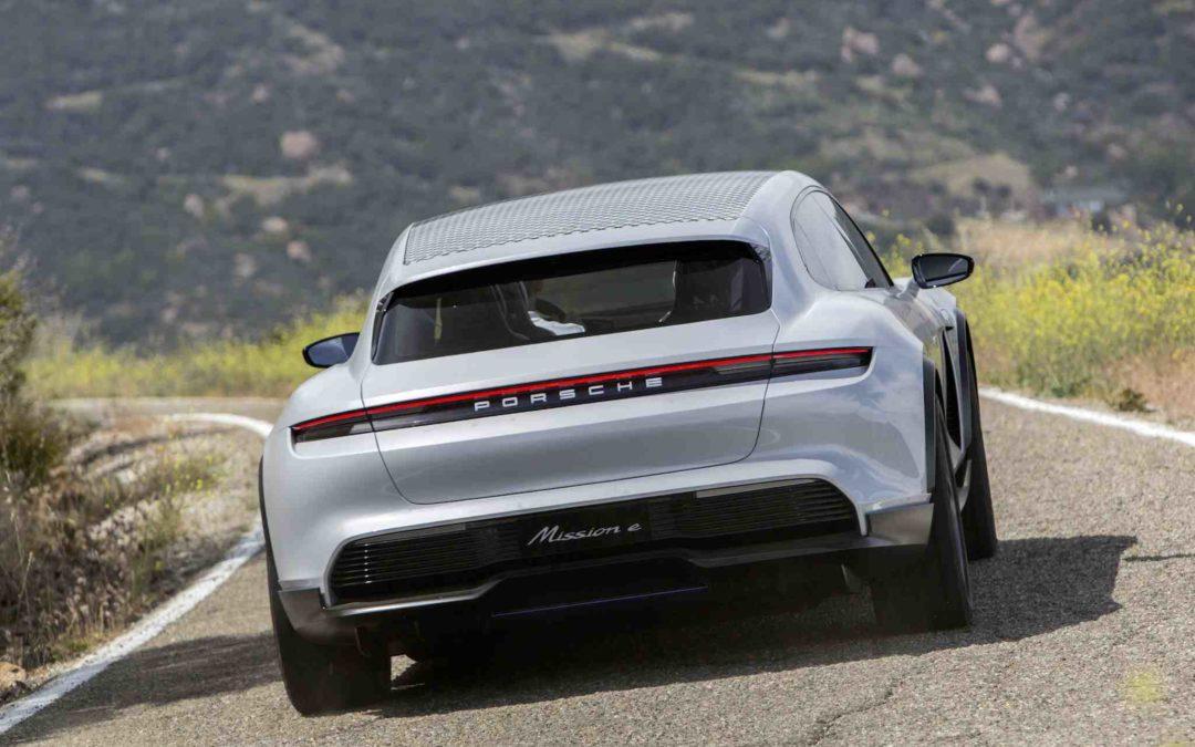 Porsche Mission E Cross Turismo går i produksjon
