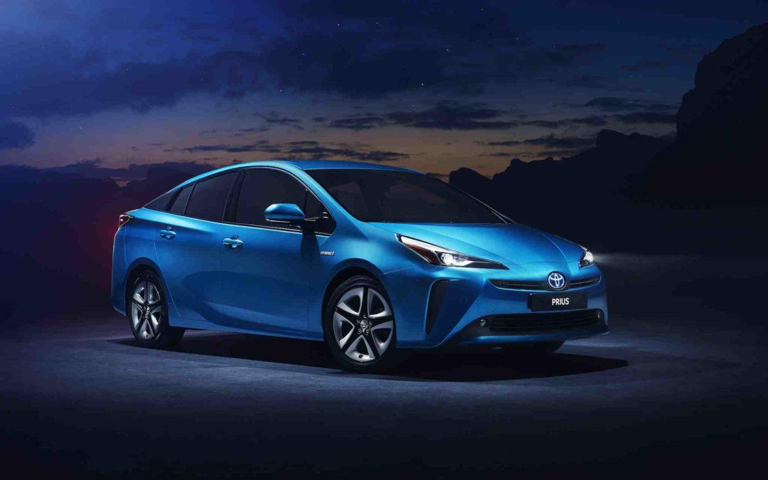 Hybridbilen Toyota Prius kommer med firehjulsdrift