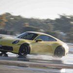 Porsche 911 med aktivt system mot vannplaning