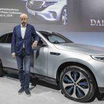 Tesla og Mercedes diskuterer samarbeid om el-varebiler