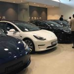 Høy utleveringstakt løfter elbilsalget til nye høyder