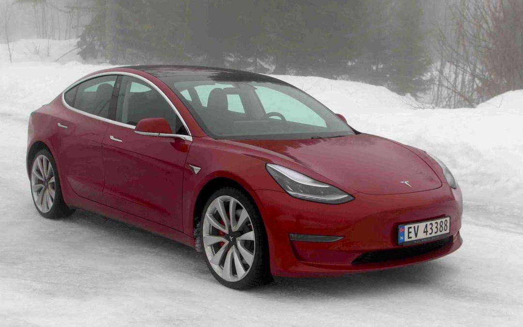 Endelig her: Tesla Model 3 Standard Plus