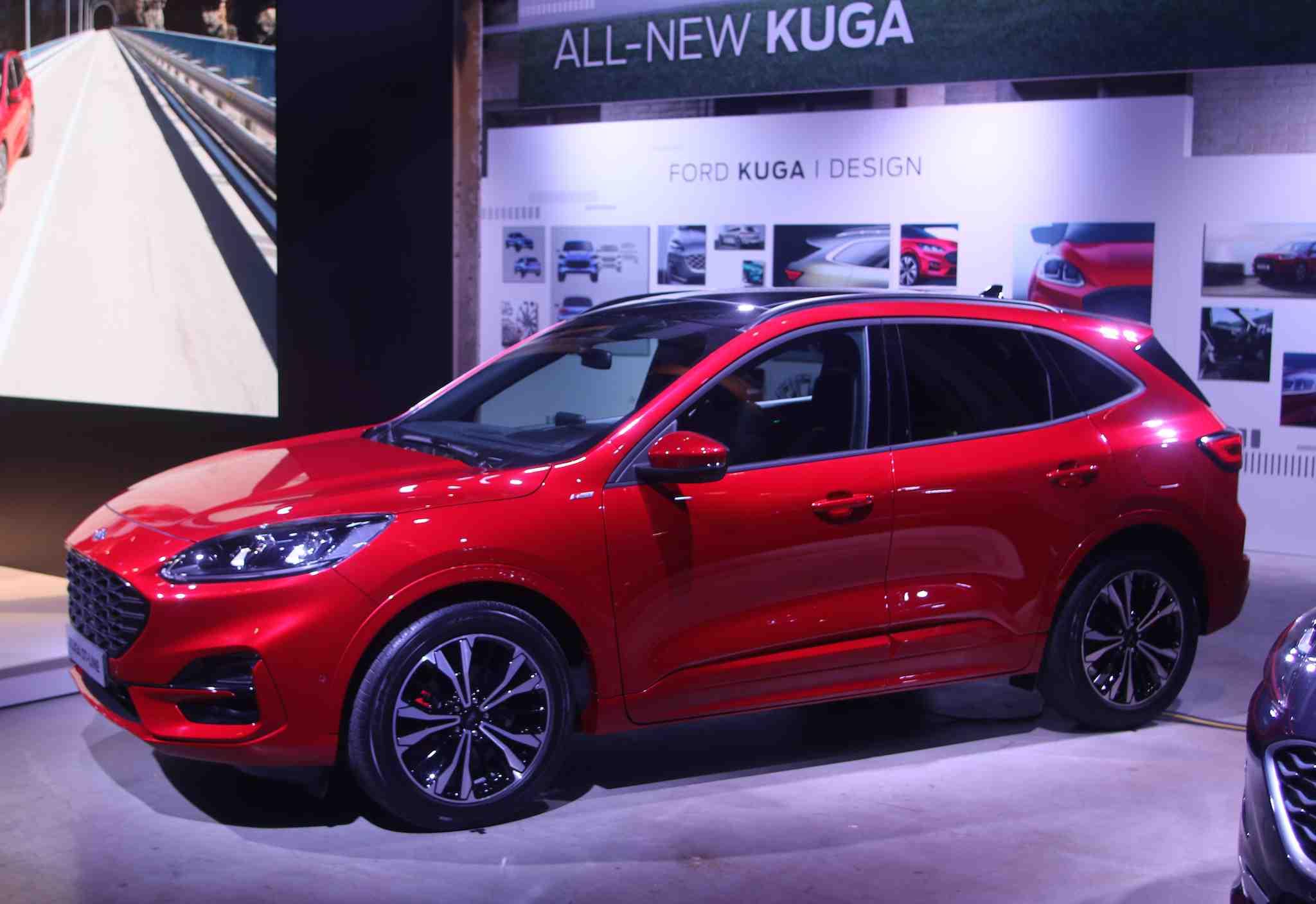 bcd9b31e Den nye Ford Kuga lanseres i tre ulike hybrid-varianter - Bilmagasinet