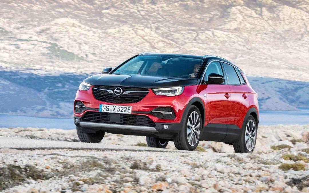 Ladehybrid med 300 hk: Opel Grandland X Hybrid4