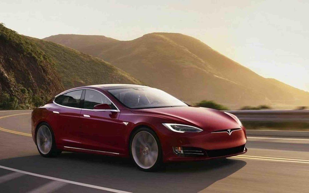 Tesla forbereder nok en facelift av Model S og X