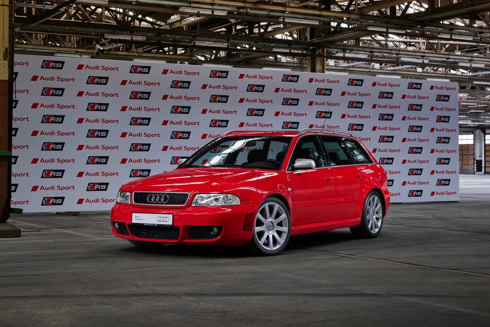 Audi-RS-4-Avant-misano-rød.