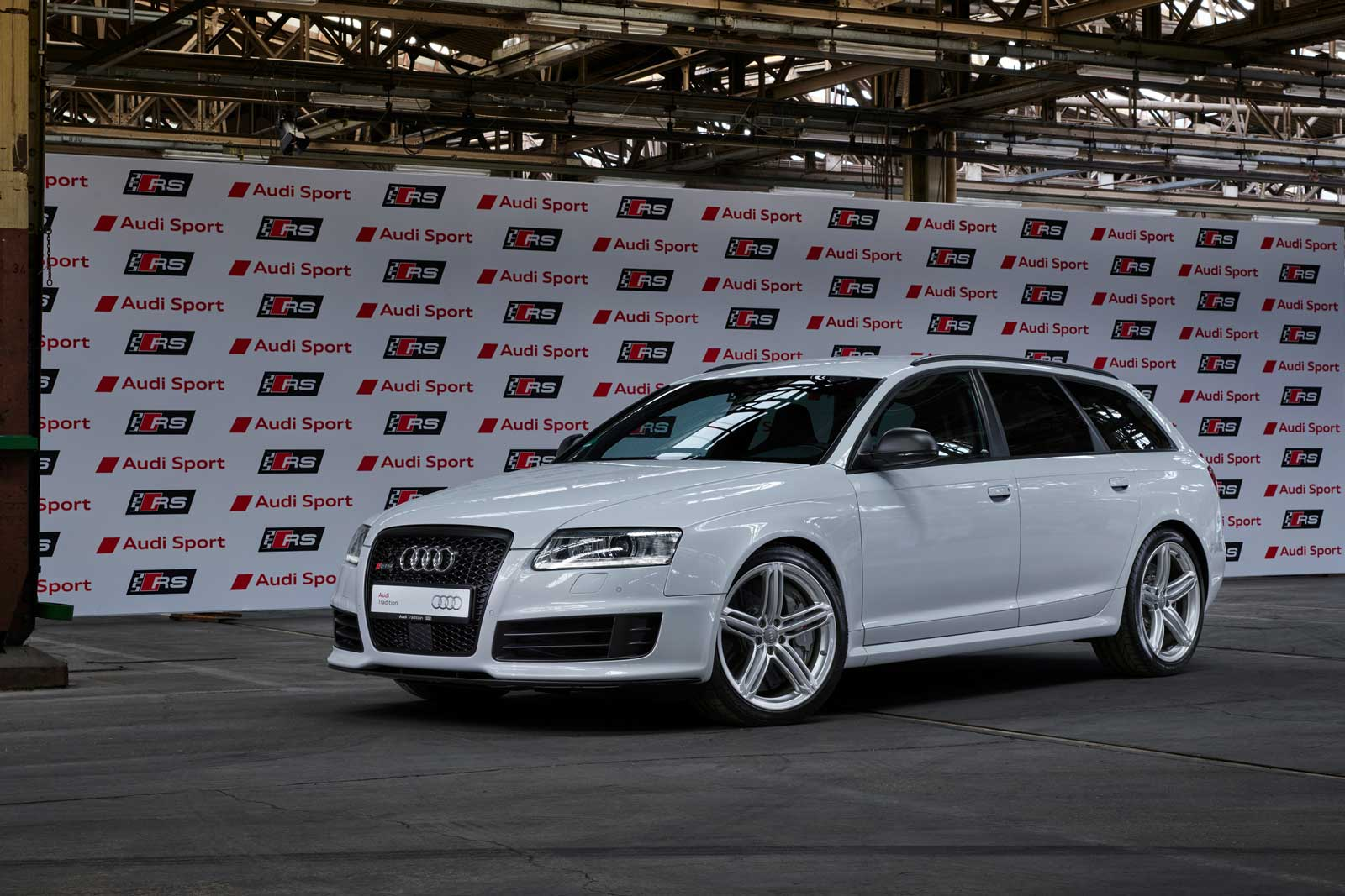Audi-RS-6-Avant