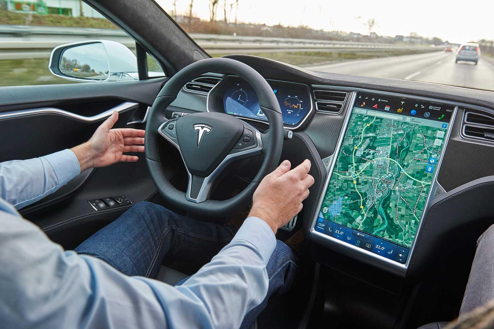 Tesla autonom