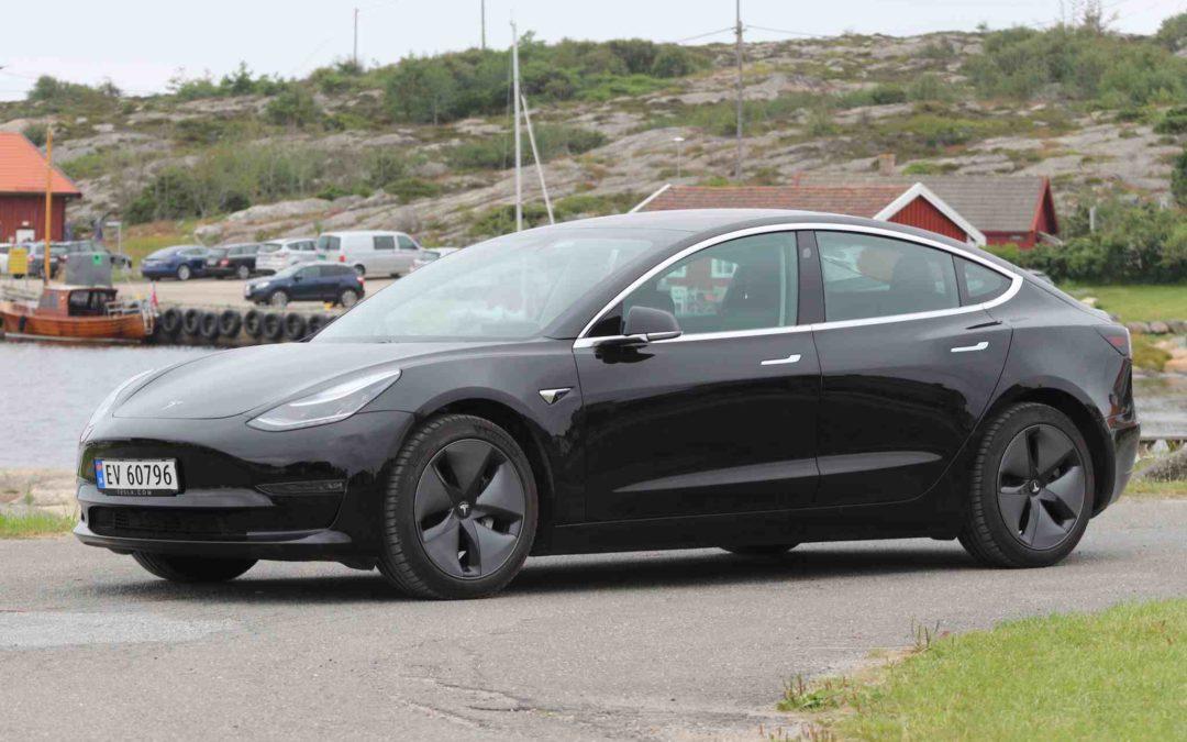 Tesla Model 3 suksessen ryster de etablerte bilmerkene