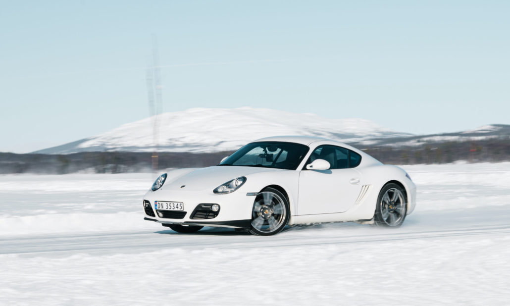 Mange nordmenn bytter ikke til vinterdekk i tide