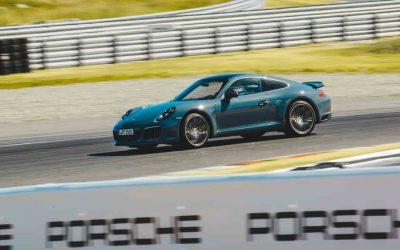 16-åringer får prøvekjøre Porsche